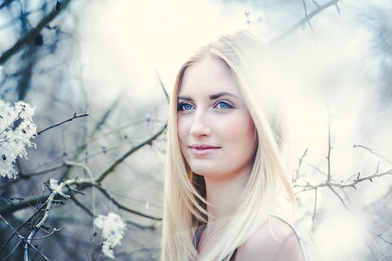 stephaniephilipp_PortraitfotografinWuerzburg-MSP_Portraitfotografie_Rebecca_Erlabrunn